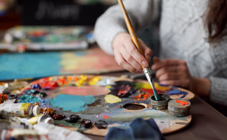 5 Reasons Taking an Abstract Art Class is Good for You