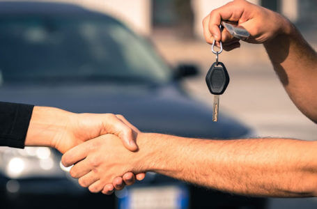 Selling your car to a wrecker: What you need to know