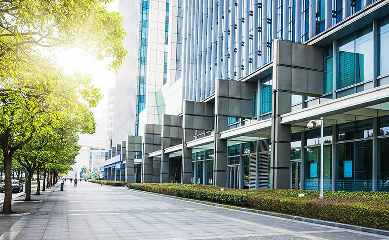 Should You Invest in Commercial Real Estate?