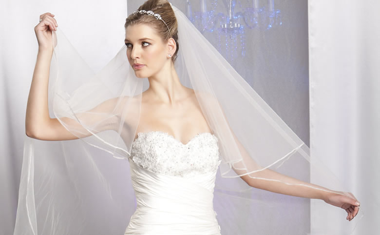Tips to help you choose the perfect Deb Dress