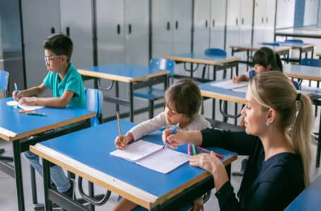 5 Reasons Tutoring is a Great Part-time Job